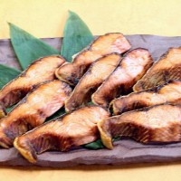 塩引き鮭、主人が皮までバリバリ食べていた。