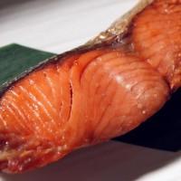 塩引き鮭を昼食に頂き感激いたしました。塩加減が絶妙で絶品です。