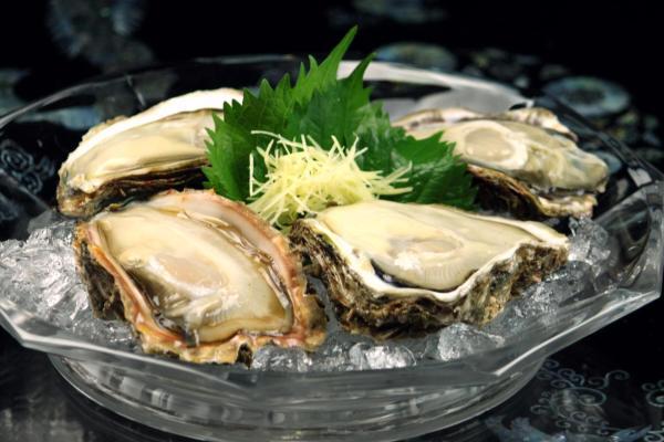 うおやさんの岩牡蠣、たいへんおいしくいただきました