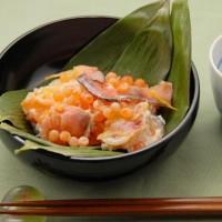 鮭の飯寿司というものを初めて食べましたがとても美味しかったです